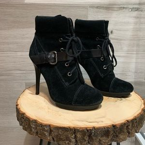 Guess Fontanna Women Round Toe Suede Ankle Boot